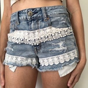 American Eagle Hi-Rise Shortie Shorts Crochet Sz 4